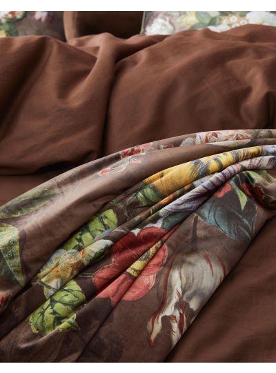 Giselle Steppelt takaró, csokoládébarna